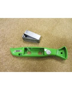 GREEN KNIFE