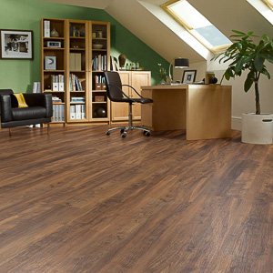 LLP102_Heritage-Oak_RS_Res_Home-Office_Image-300x300
